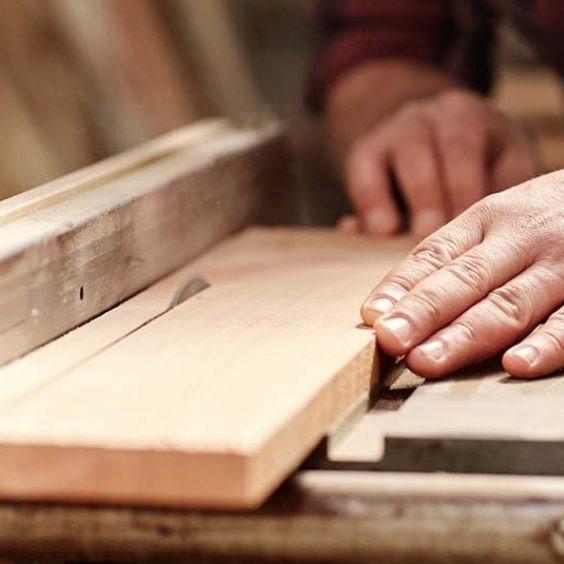 Bando per contributi al settore manifatturiero e all'artigianato di servizi